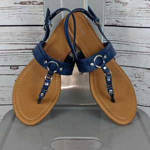 Nicole sandels size10